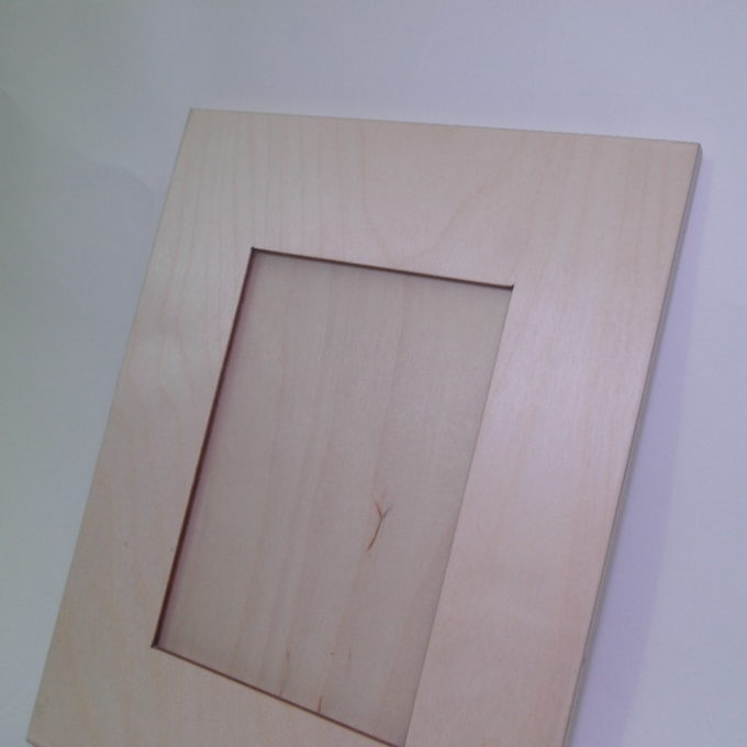 Cornice porta fotografia falda larga in legno
