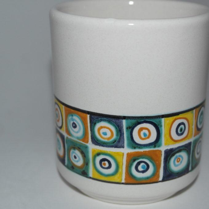 bicchiere in ceramica di castelli