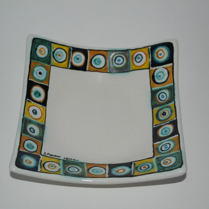 svuota tasca in ceramica di castelli