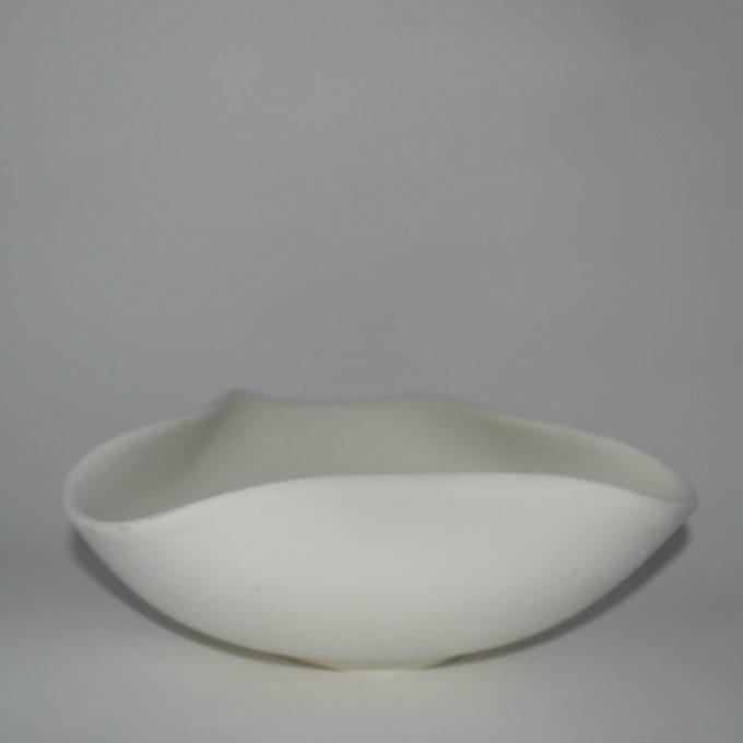 Ciotola 3 angoli in terracotta bianca cm 24
