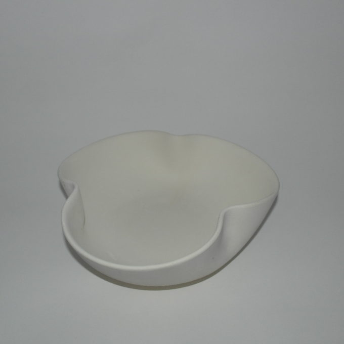 Ciotola in terracotta trifoglio cm 24