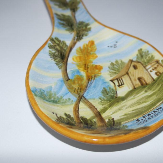 Poggiamestolo in ceramica di castelli dipinto a mano panorama