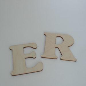 Lettera in legno artigianale