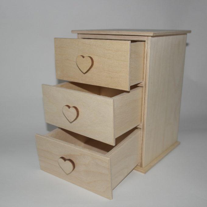 Cassettiera 3 cassetti con pomelli forma cuore artigianale