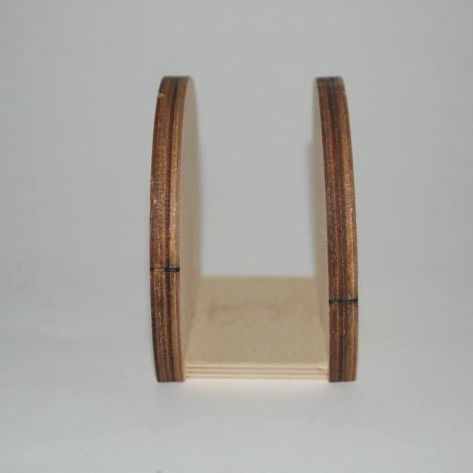Portatovagliolo in legno tondo