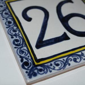 Mattonella in ceramica di Castelli cm 20x20