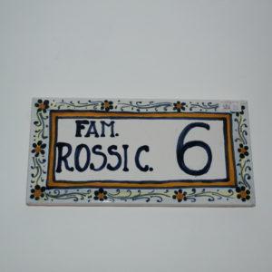 Mattonella dipinta a mano in ceramica di Castelli misure cm 15x20 prodotto artigianale