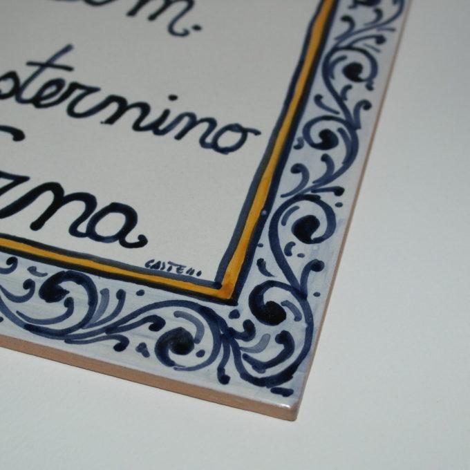 matonella in ceramica dipinta a mano