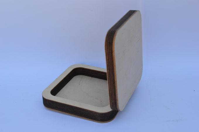 scatola in legno portaoggetti